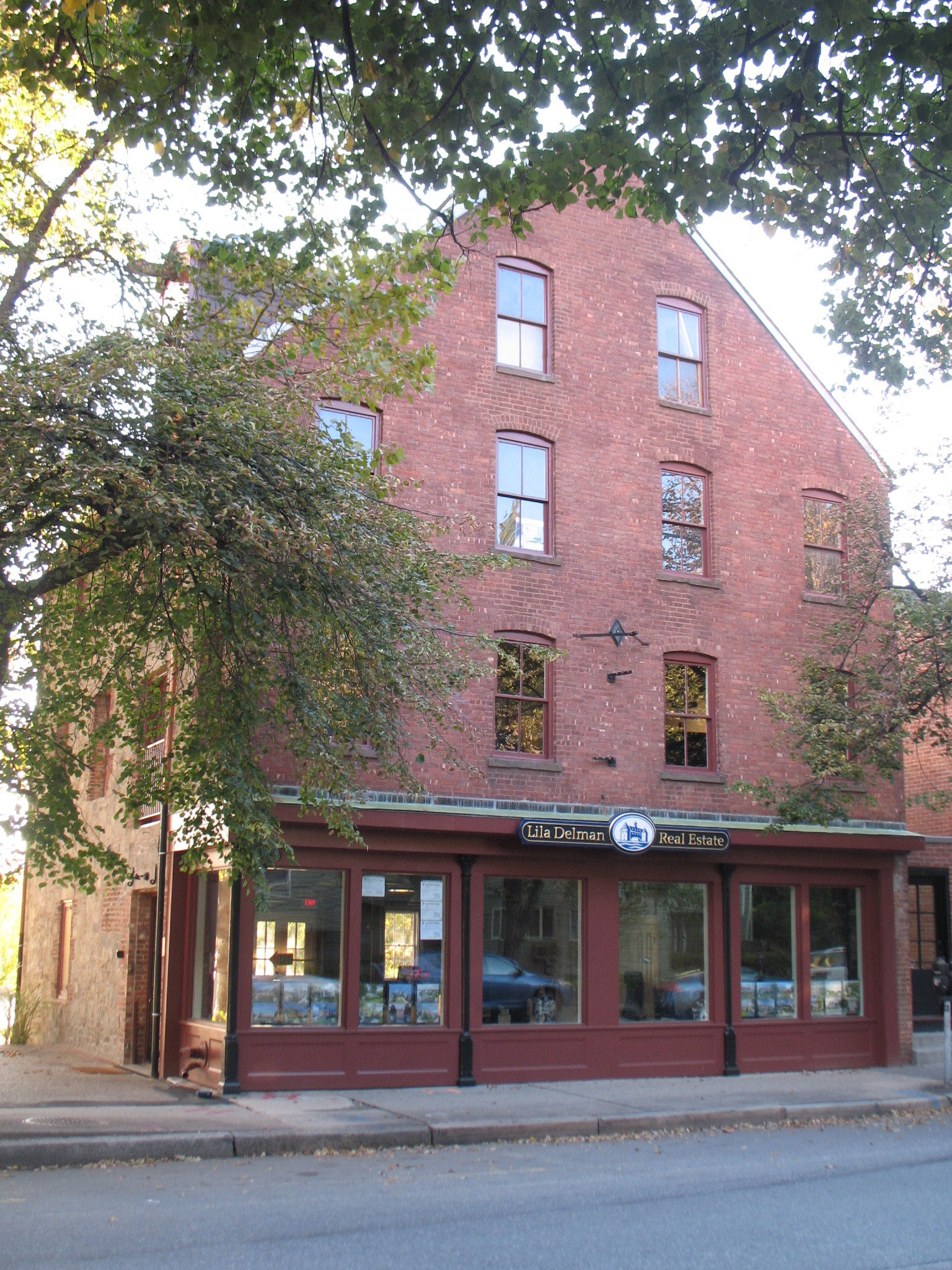 NCA Completes Work on Lila Delman Real Estate Offices in Providence