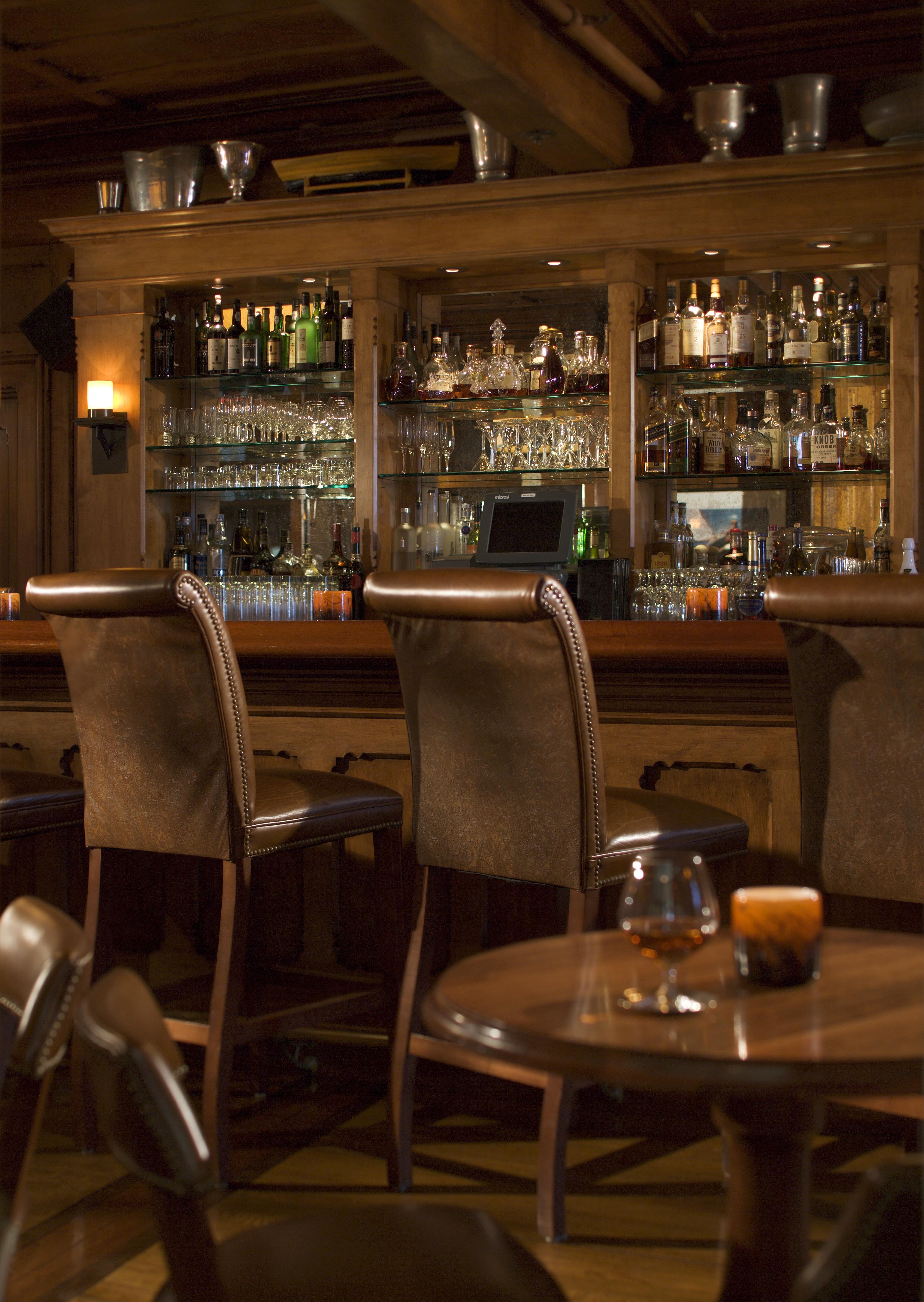 71 The Dining Room At Castle Hill Inn Resort